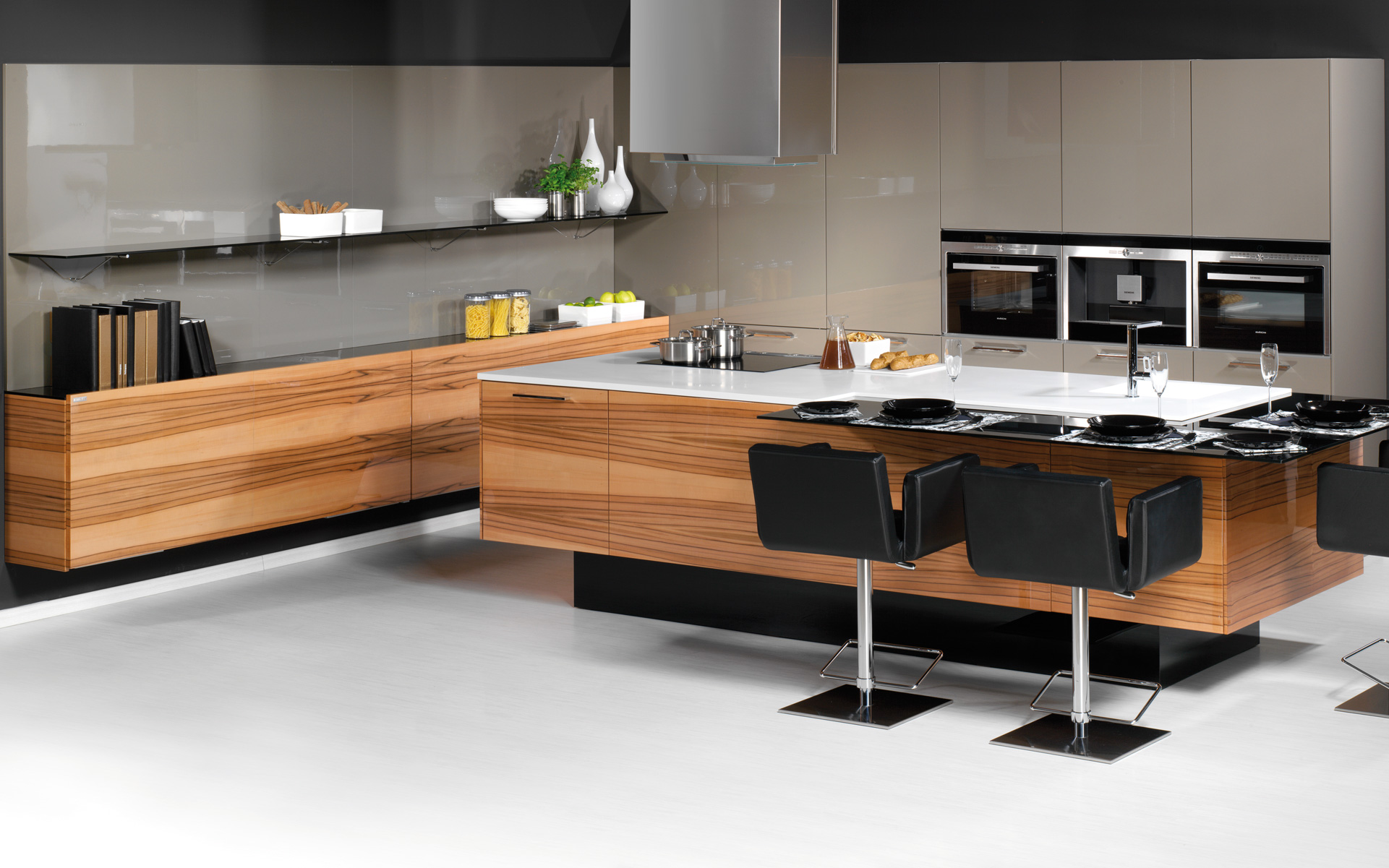 LINE / PALOMA kitchen