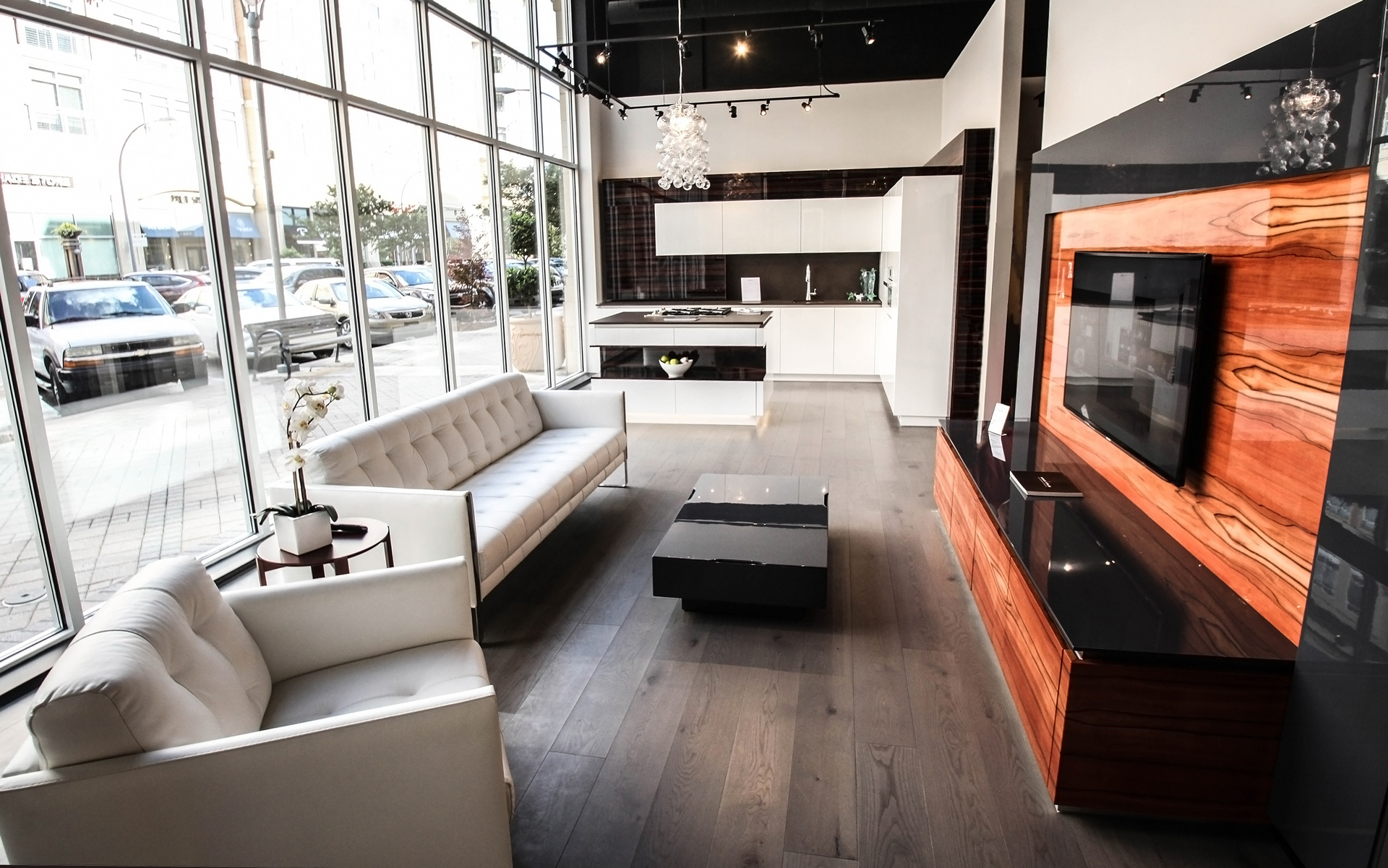Another showroom was opened in the USA presenting the HANÁK furniture