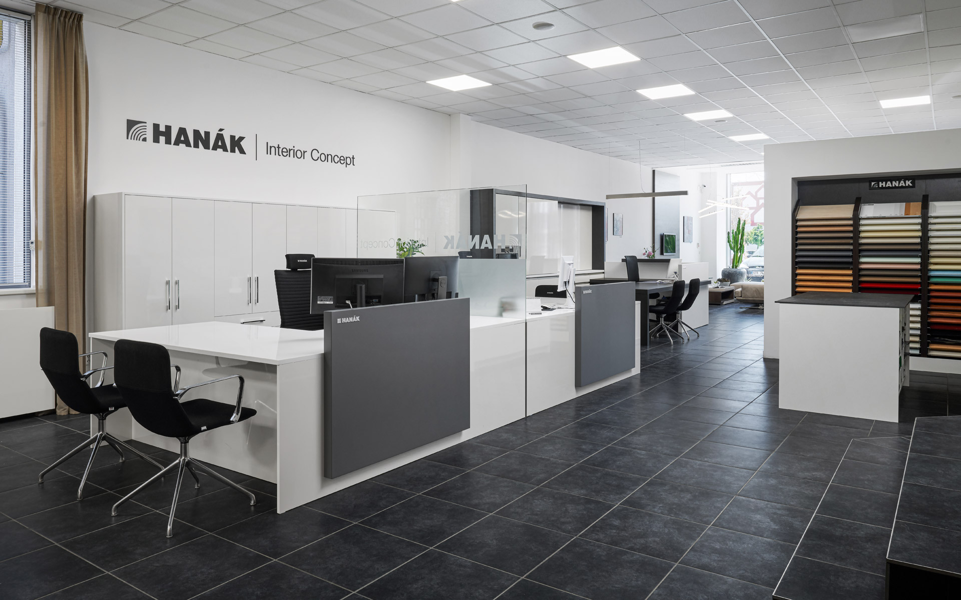 HANÁK Ostrava, another redesigned showroom.